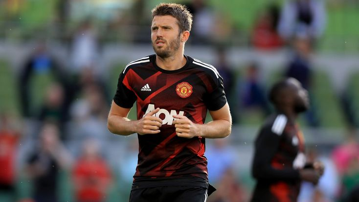 Michael Carrick leads Manchester United fans in chant at Burnley #News #Carrick #composite #Football #ManUtd