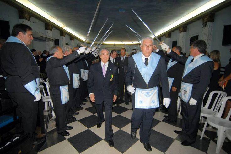 Αντιγραφάκιας: Mασώνος ο νέος πρόεδρος της Αργεντινής.