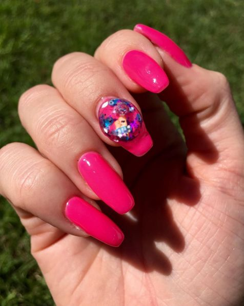 32 best wacky nails images on pinterest mickey nails nail snow globe nails are the newest wacky and wonderful manicure trend prinsesfo Image collections