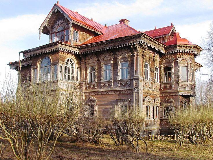 Фото Михаила Баркова. Дом крестьянина И.Д. Поляшова построенный в 1903году, д.Погорелово, Костромская область.