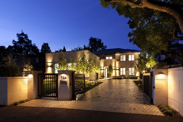 Hunter's Hill #mansion by Sydney residential architects Chateau
