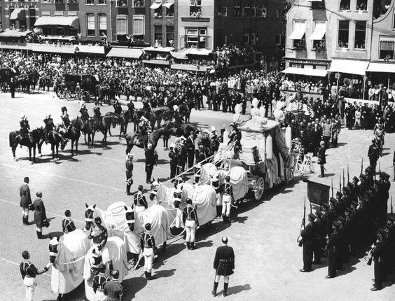 Witte begrafenisstoet Prins Hendrik, 1934