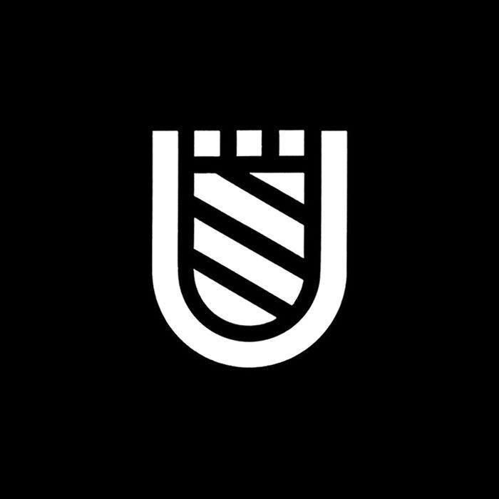 Manifesto di comunicazione alla Cittadinanza di Urbino by Albe Steiner. (1969) #logo #shield #branding