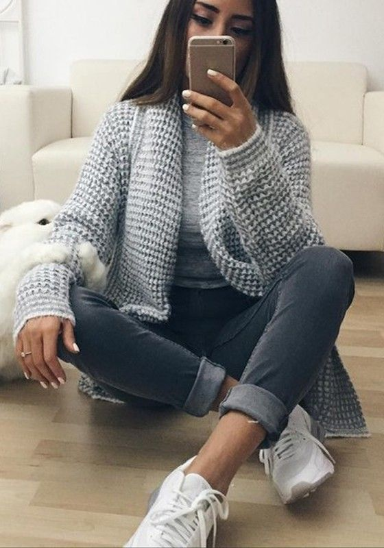 Grey Plain Pockets Long Sleeve Fashion Cardigan Sweater