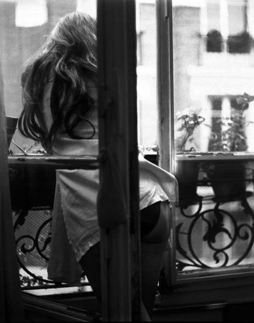 17 meilleures images propos de par la fen tre sur for Fenetre noir et blanc