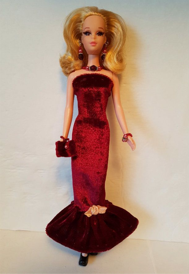 FRANCIE DOLL CLOTHES Velvet Gown, Purse & Jewelry Casey HM Fashion  NO DOLL d4e #DOLLS4EMMMA #Clothing