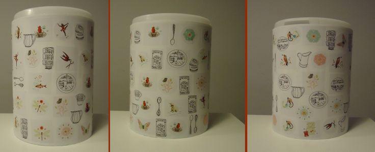 DIY Dash tonneke versiert met wit plakpapier en stickertjes uit de Flow