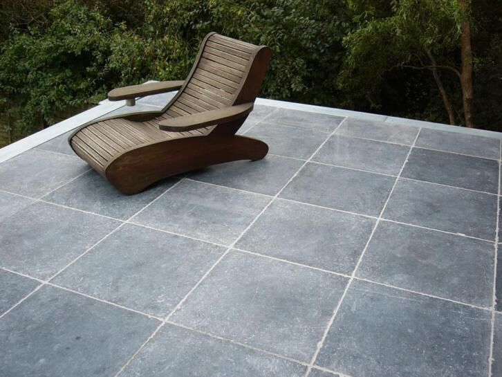 Vietnamees hardsteen soft finish tuintegels / terrastegels