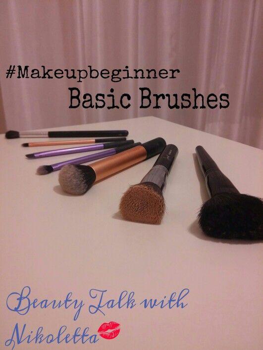 Καλημέρα!! <3 Σκέφτηκα να ξεκινήσω στο blog μου μια ενότητα από posts με τον τίτλο #Makeupbeginner και να γράφω σχετικά με βασικά κομμάτια του μακιγιάζ που θα βοηθήσουν αξιοσημείωτα πιστεύω όλες  εσάς που τώρα κάνετε τα πρώτα βήματά σας σε αυτό ή απλά επιθυμείτε να γίνετε καλύτερες στην εφαρμογή του. Το πρώτο post που θα ανοίξει αυτή την ενότητα είναι τα βασικά πινέλα για ένα αψεγάδιαστο μακιγιάζ! Μη χάνετε χρόνο! Διαβάστε το εδώ…