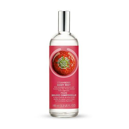 The Body Shop STRAWBERRY BODY MIST 100ML Spray this lightly scented body mist all over your body for a gentle burst of sweet fruitiness. It's irresistible. • Sweet strawberry fragrance • Light and fresh • Use all over body • Contains strawberry extract