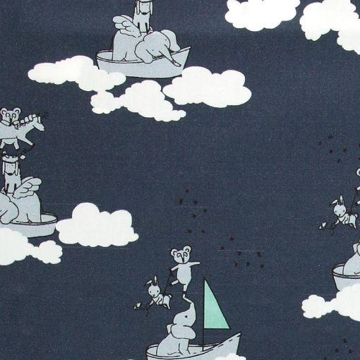 Bomullsatin blå m moln och djur