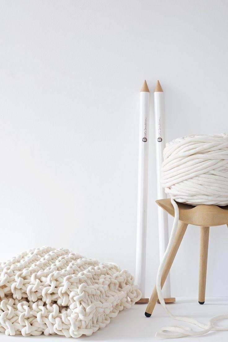 plus de 25 id es uniques dans la cat gorie plaid tricot sur pinterest diy couverture laine. Black Bedroom Furniture Sets. Home Design Ideas