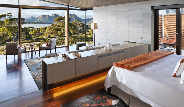 100 Incredible Travel Secrets #22 Saffire Freycinet, Tas