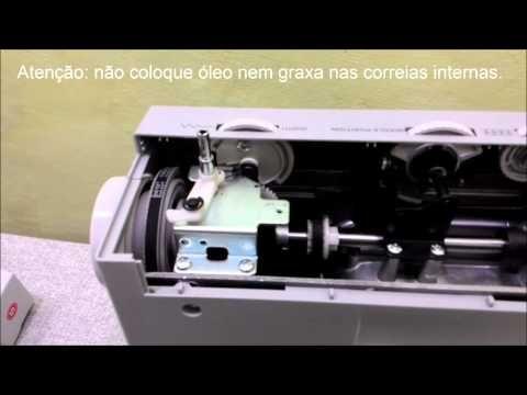 Lubrificando máquina Singer Facilita Pró 4411