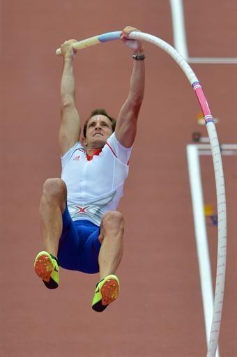 Athletisme-JO-2012-Perche-Lavillenie-et-Mesnil-en-finale_reference.jpg (340×512)