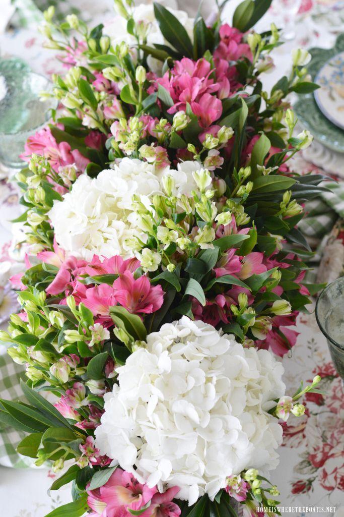 Hydrangeas And Alstroemeria Flower Arrangement Bunnies And Blossoms Spring Tablescape C H White Flower Arrangements Hydrangea Not Blooming Flower Arrangements