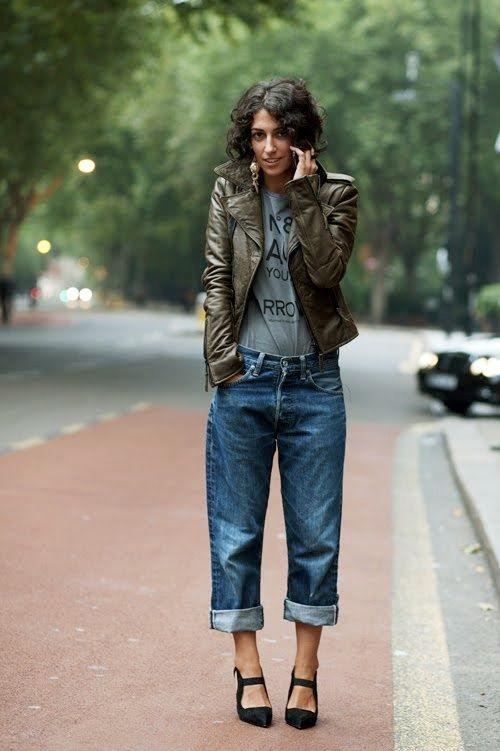Boyfriend jeans, keeping it dressy.