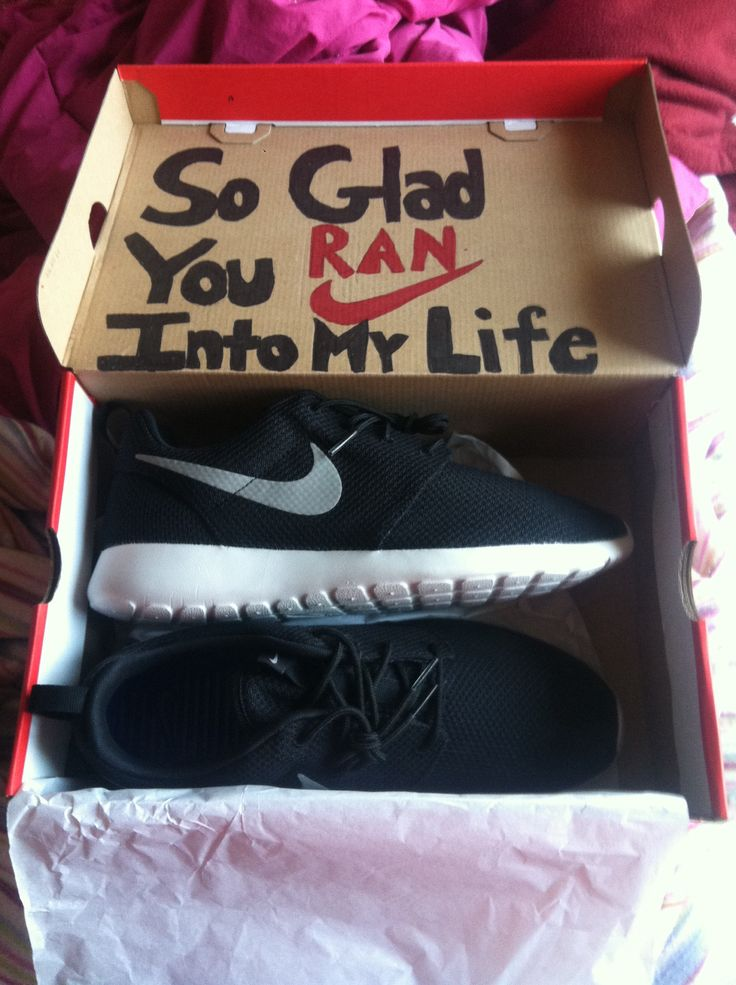 Nike Roshe Runs Shoes Birthdaypresent Boyfriend Gift