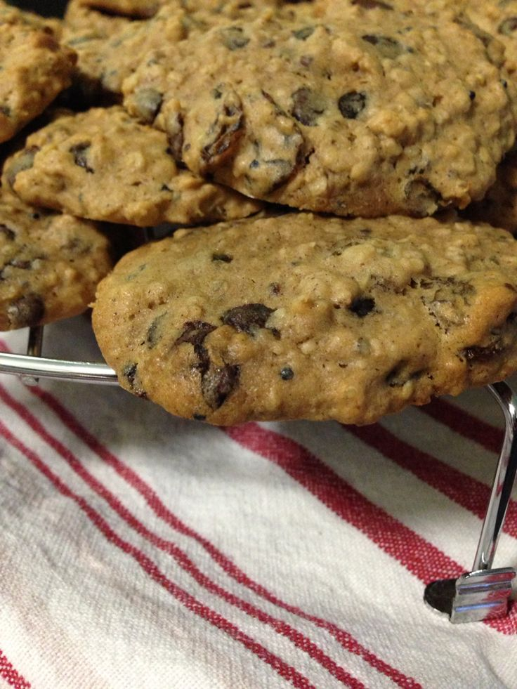 Quinoa and Oatmeal Cookies