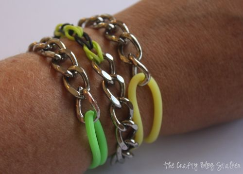 Combine Metal and Rubber in these super cute Chain Stretch Bracelets