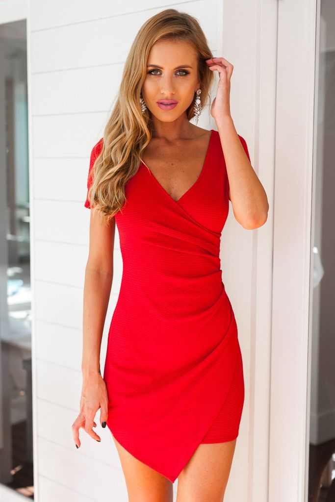 RED SHORT SLEEVE PLEATED BODYCON DRESS #ustrendy www.ustrendy.com