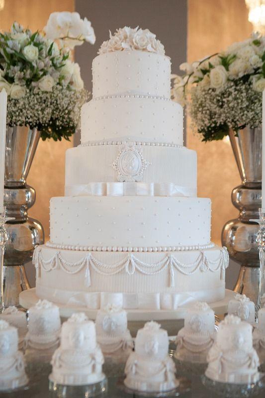 Bolo clássico de casamento