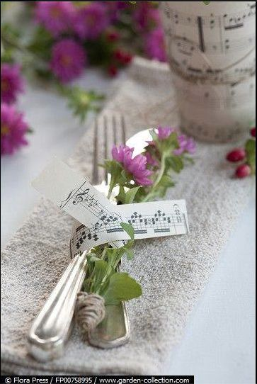 music sheet napkin ring