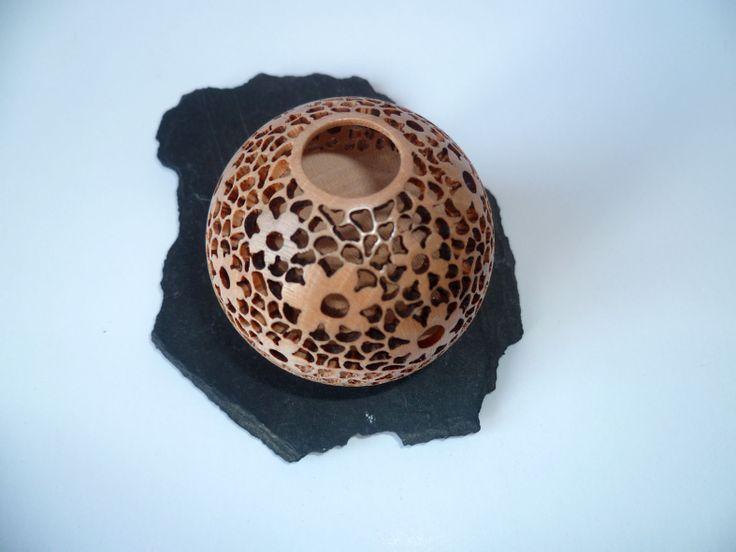 1000 images about gourd crafts on pinterest glass art carving and glass vase. Black Bedroom Furniture Sets. Home Design Ideas