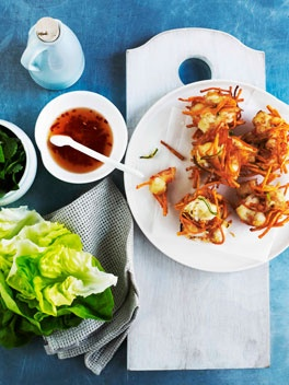 Vietnamese prawn cakes, A classic street-food dish in Vietnam, these tasty treats wrapped in lettuce and dipped in nuoc cham are perfect summer fare.: Vietnamese Prawn, Asian Recipes, Vietnamese Food, Prawn Cakes, Cakes Recipe, Classic Street Food, Cake Recipes, Finger Food