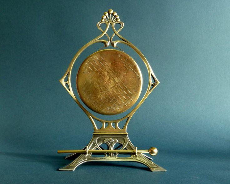 Art Nouveau WMF gong http://www.benl.ebay.be/itm/201499032345?ssPageName=STRK:MESELX:IT&_trksid=p3984.m1555.l2649