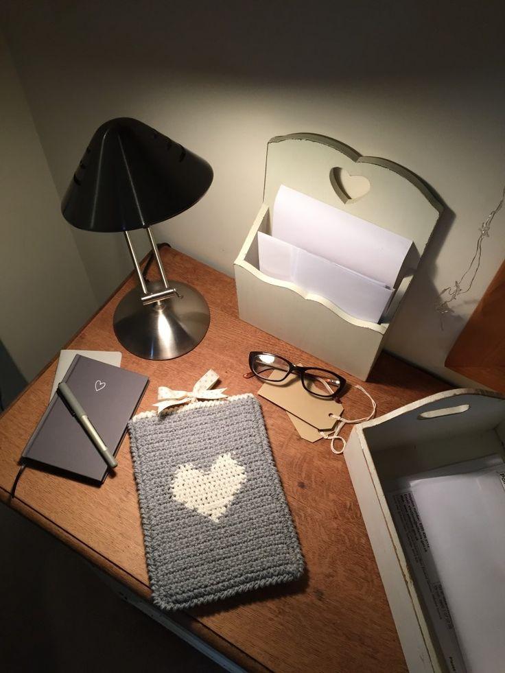 www.justpootling.blogspot.co.ukcrochet table cover on the LoveCrochet blog
