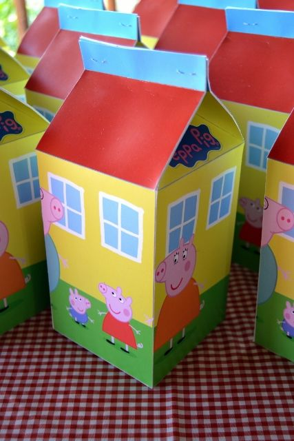 Peppa Pig House Milk Carton Party Favour Boxes                                                                                                                                                                                 Plus