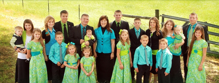 """The Bates Family....you can get a little peek into their Christ-centered lives on """"The United Bates of America"""" on TLC Mon nights at 9 PM"""