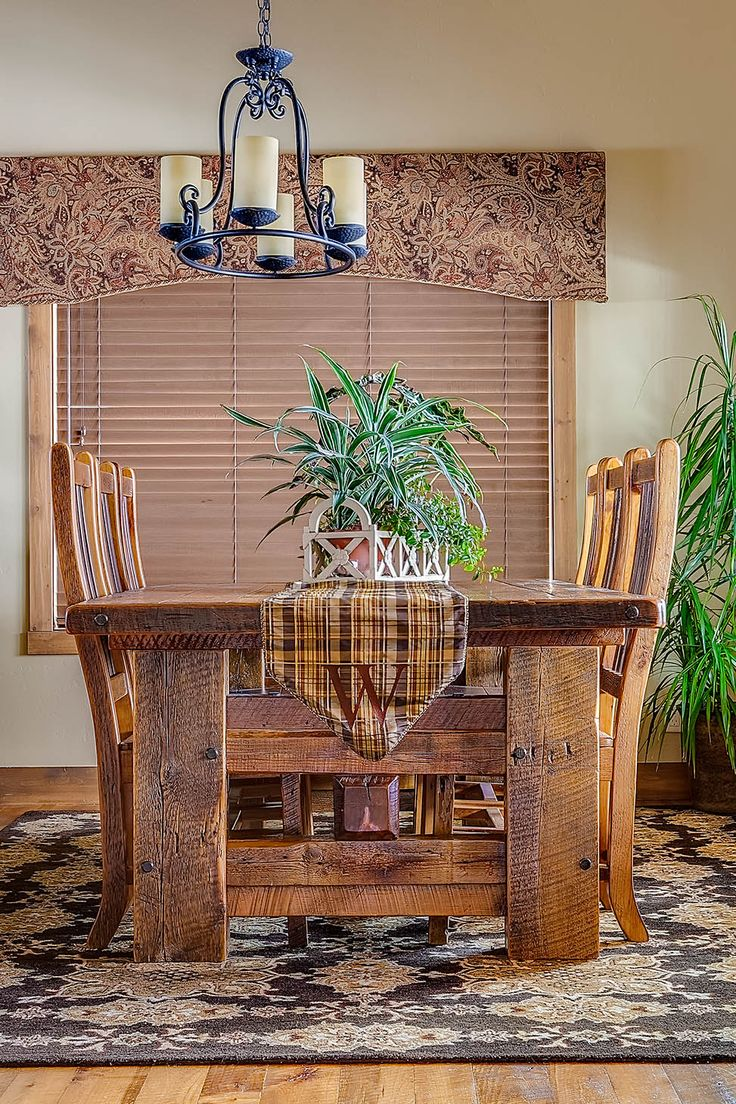 Reclaimed American Barnwood Dining | Mountain Comfort Furnishings & Design