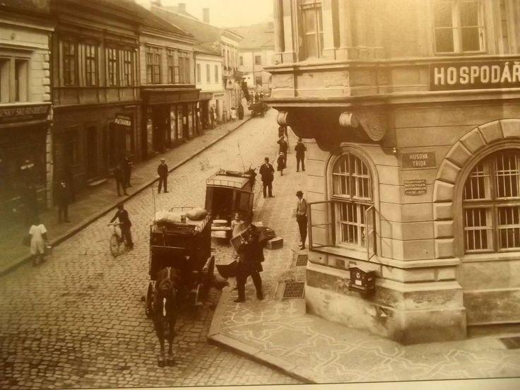 Rubešova ulice, Hospodářská záložna,nyní Česká spořitelna. J.Kubrt 1910