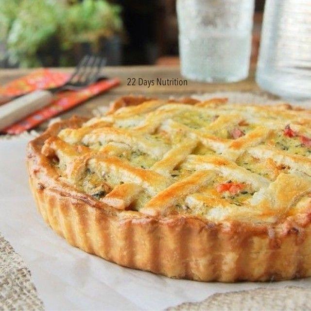 """355 Me gusta, 10 comentarios - Recetas Vegetarianas (@recetasveggies) en Instagram: """"Tarta de verdura para la noche!!! Procesar: acelga, zanahoria, choclo, cebollita de verdeo con dos…"""""""