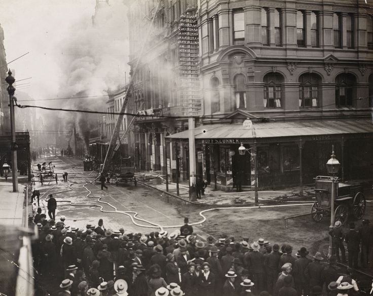 Her Majesty's Theatre, Sydney, burned down in 1902 during a production of Ben Hur.