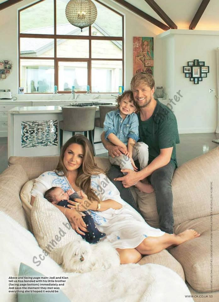 Kian Egan, Jodi Albert and Koa introducing baby Zekey - July 2015 Photoshoot in OK! Scans by Kian Egan - The next chapter (please ask them before use)