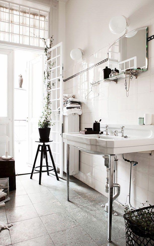 20 Amazing Bathrooms