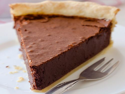 Recette délicieuse de tarte au fudge au chocolat!