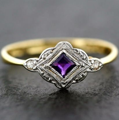 Antique Art Deco Ring - Art Deco Amethyst & Diamond Antique Ring 18ct Gold and Platinum.  Vintage item from the 1920s,  18ct Gold, Platinum, Amethyst, Diamond.