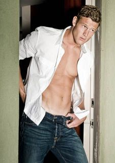 Tom Hopper...he will always be Percival...but Billy Bones better not be dead...):