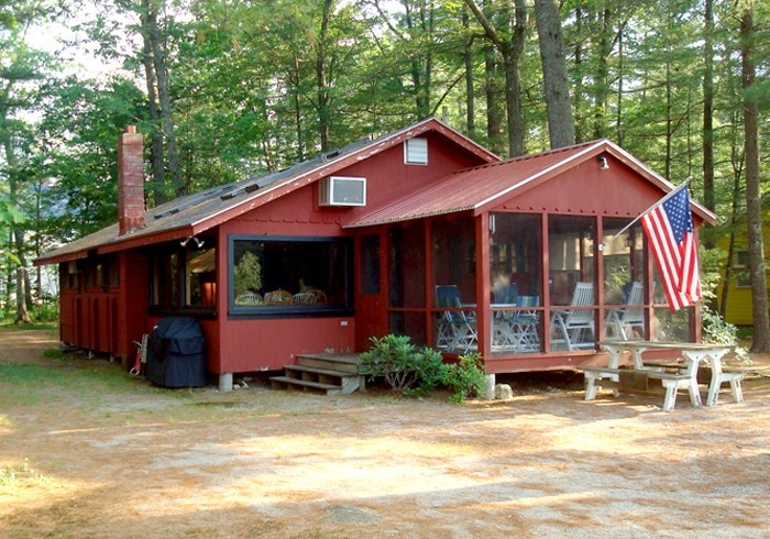little sebago lake vacation cottage to be by the water