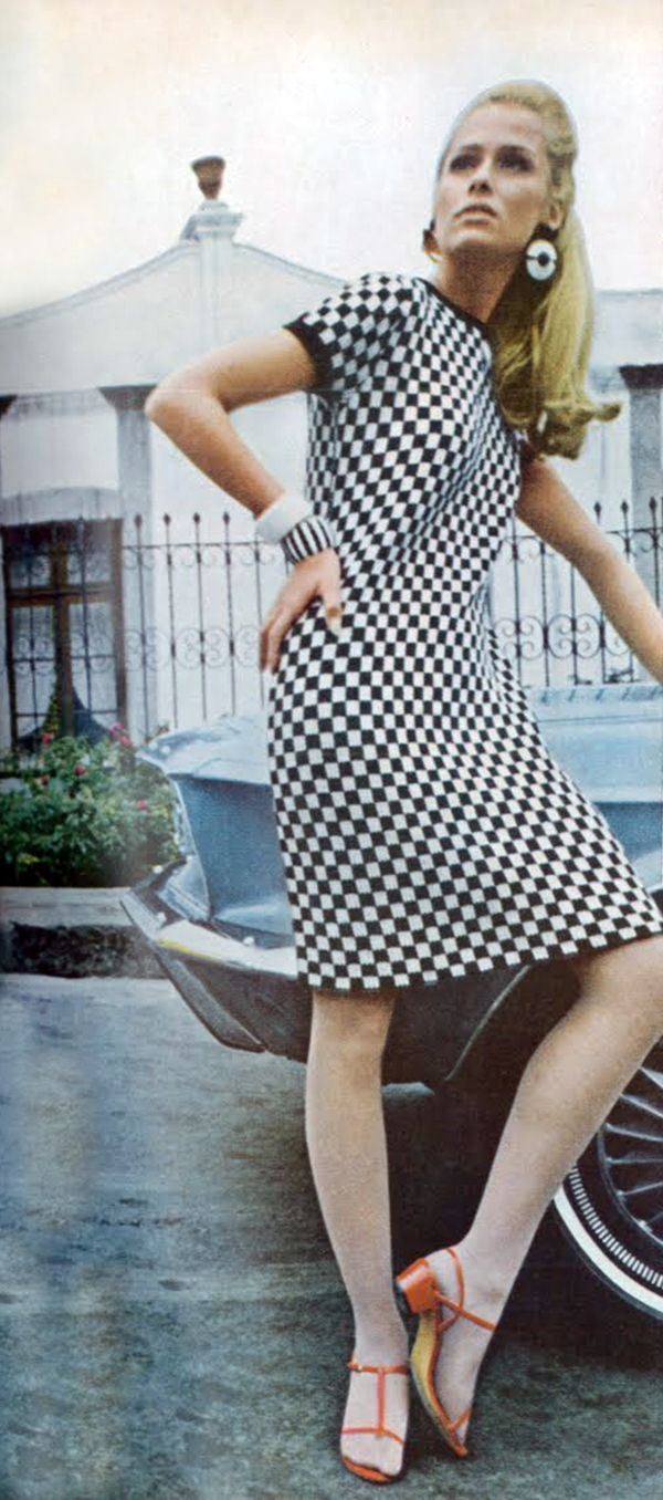 Lauren Hutton. Ad for the Grand Prix Vogue 1967