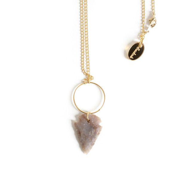Sautoir ethnique, pointe de flèche, pierre naturelle, marron, or, laiton doré à l'or fin 24 carats