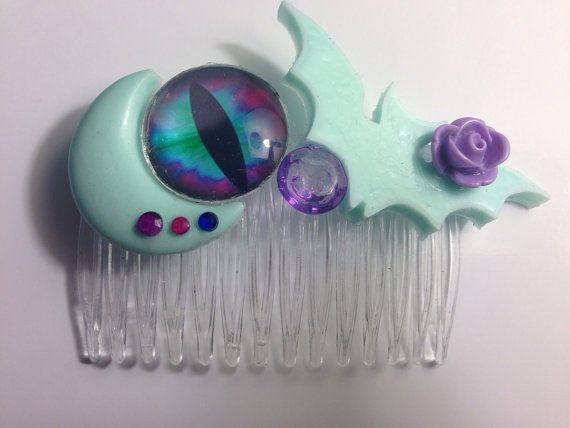 Ready to ship, Pastel Goth Hair Comb on Etsy, $8.00