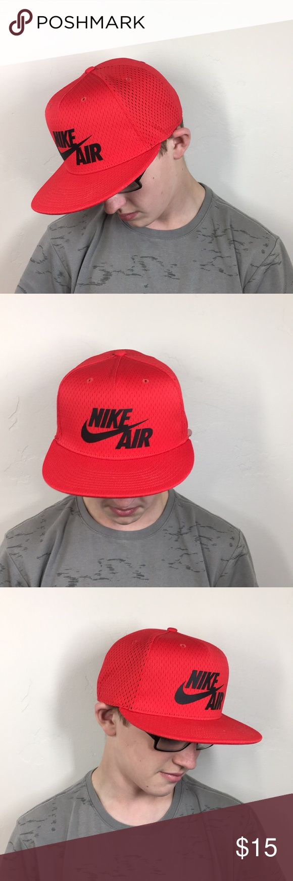 Red nike hat Never been worn (other than these pictures)   Snap back Nike Accessories Hats