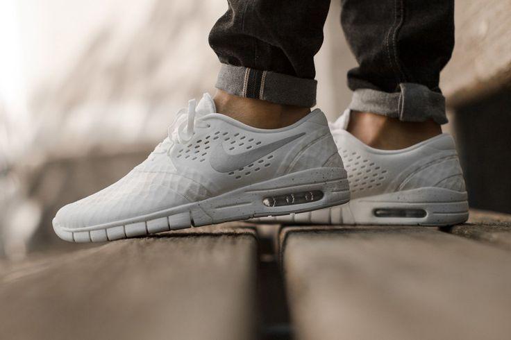"""sont shox nike chaussures de course - Nike SB Eric Koston 2 Max """"White & Metallic Silver ..."""
