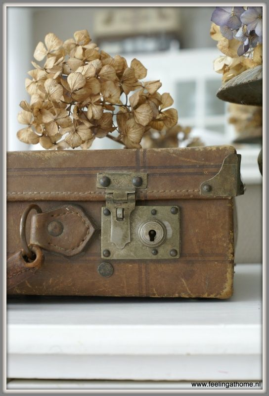 Antiek leren koffertje | *NIEUWSTE PRODUCTEN* | Feeling At Home