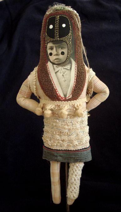 les premières poupées | Cecile PERRA plasticienne: cecile.perra@wanadoo.fr